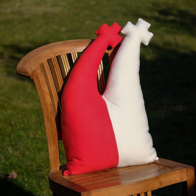 Domkissen in rot/weiß